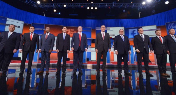 Republican presidential candidates arrive on stage for the Republican presidential debate on August 6, 2015 at the Quicken Loans Arena in Cleveland, Ohio. (Photo credit:Getty Images)